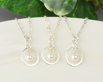 Bridesmaid Jewelry SET OF 5 Drop Pearl Necklaces - Pearl Pendant Necklaces - White Pearl Necklace - Bridesmaid Necklaces - Swarovski Jewelry