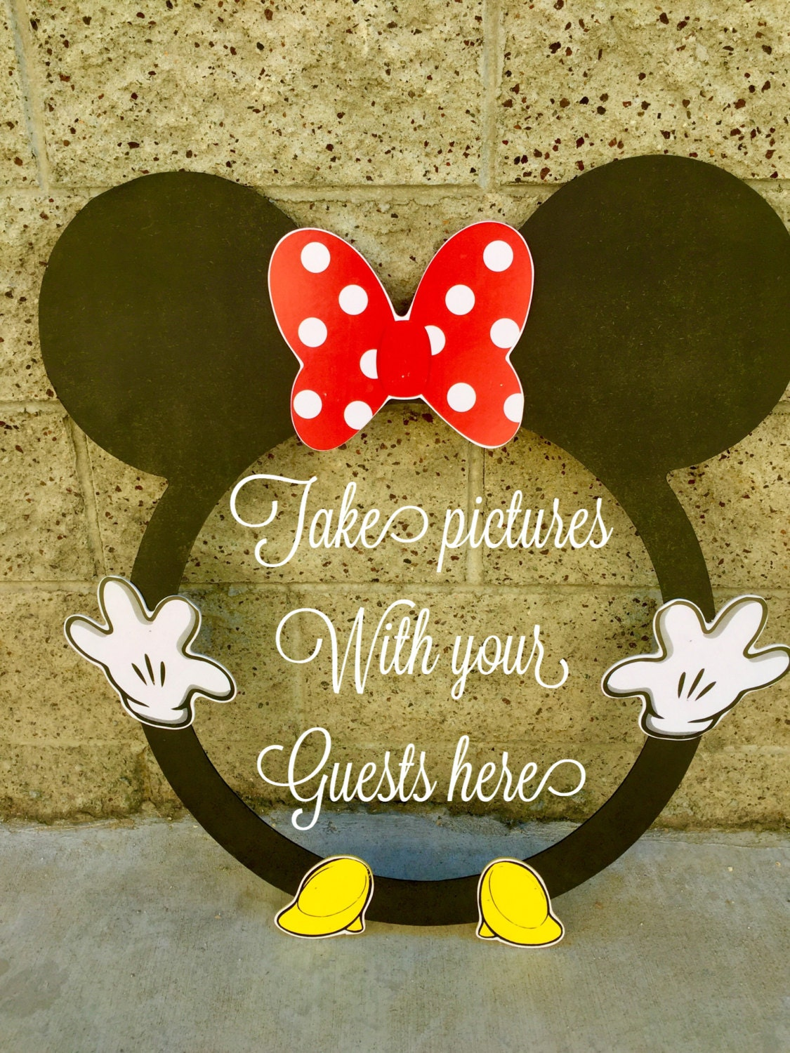 Minnie Mouse ROUND photo booth Clubhouse birthday party photo