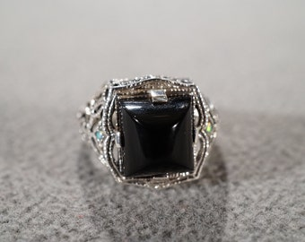 Vintage Sterling Silver Large Square  Black Onyx Fancy Scrolled filigree Etched Victorian Style Band Ring, Size 6