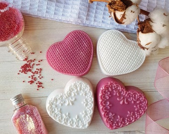A set of four hearts for a large and friendly family!