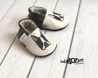 Baby Moccasins | Baby Booties | baby boy | baby girl | baby moccs | leather moccasins | french bulldog |