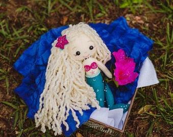 Felt Mermaid Doll (hand-stitched, Gingermelon)