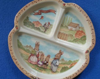 Vintage Sweet Family Child's Plate, bunny rabbit plate, vintage melamine plate kids plate by Peco Pecoware, divided plate