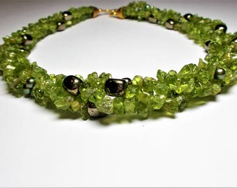 Peridot necklace 4 rows