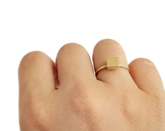 14K Square Modern Gold Ring. 14K Yellow Solid Gold. Geometric Square Design.