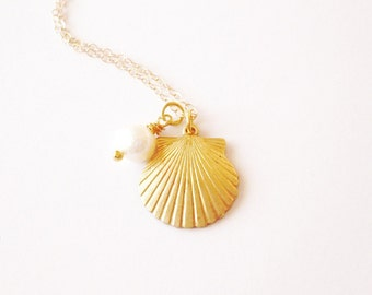 LAST ONE Gold Shell Necklace Seashell Jewelry Mermaid Charm Sea Pearl Ariel Accessories Beach Weddings Girlfriend Womens Gift For Her Summer