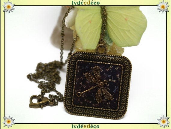Necklace retro Dragonfly Medallion Black Blue Brown resin bronze brass 20mm Christmas gift