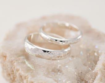 Wedding Band Set, Hammered Wedding Rings, Silver Wedding Rings, Sterling Silver Wedding Bands, Wedding Ring Set, Silver Ring Band