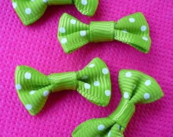 Set of 4 bows embellishments green polka dot accessory 27x15mm