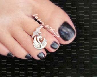 Swan Toe Ring, Swan Ring, Swan Charm, Silver Toe Ring, Opal Bicone Beads, Silver Beads, Toe Ring, Ring, Stretch Bead Toe Ring