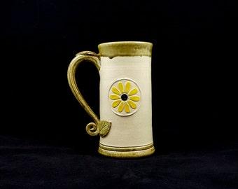 Stoneware Daisy Flower Mug