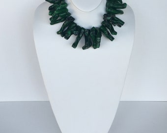 HANDMADE Green Coral Necklace