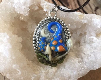 Blue And Glowing Mushroom Pendant Necklace