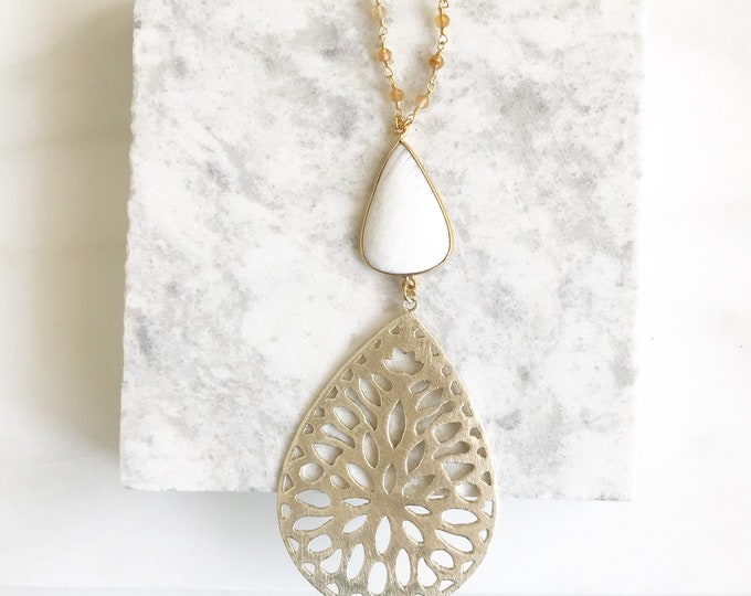 Long Gold Pendant and White Lace Stone Necklace with Moonstone Beaded Chain. Pendant Necklace. Druzy Necklace. Boho Necklace. Jewelry. Gift.