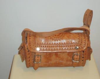 Beautiful Vintage Tooled Leather Crossbody/Shoulder Bag