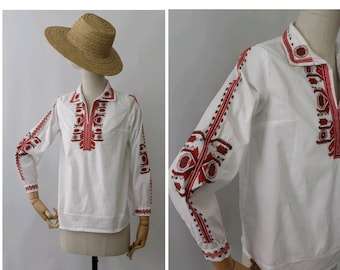 1970 embroidered cotton Blouse small / 70s folk blouse