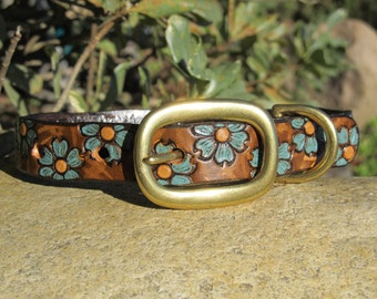 Leather Dog Collar 3/4 inch wide - Hand Painted and Tooled - Solid Brass - Your choice of petal color - Lovely Femanine two tone