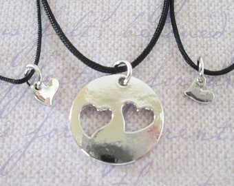 Three Mother Daughters Heart Necklace Set