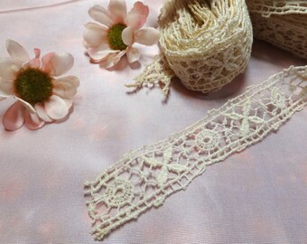 """Antique chemical lace insertion, pretty decorative pattern, 3/4"""" wide 8 yards"""