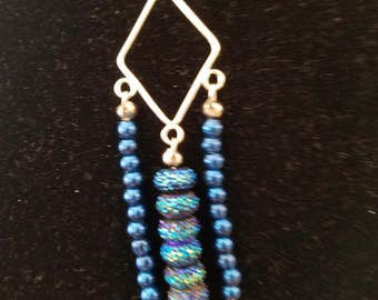 Blue sparkle chandelier necklace