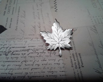 Sterling Silver Maple Leaf Brooch