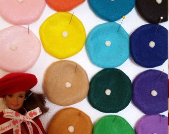 Sweet beret for fashion dolls. NEW colors added!