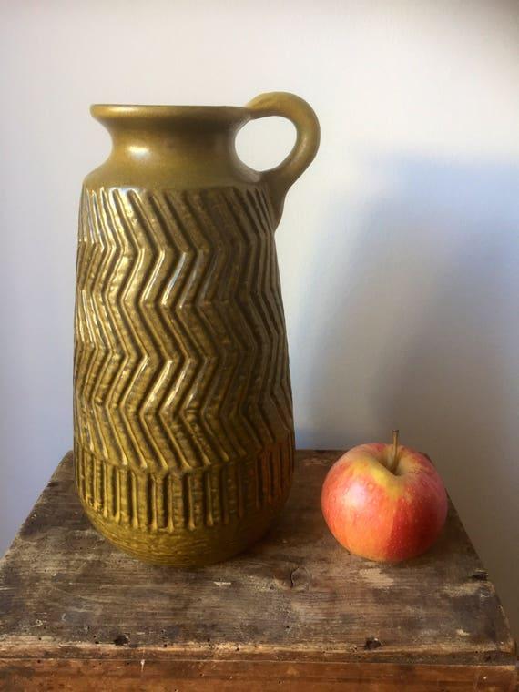 Upsala Ekeby ceramic vase designed by Mari Simmulson 1960 vase zigzag series