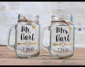 FAST SHIPPING-Personalized Rustic Arrow Mr. / Mrs. Wedding Mason Jar Mugs Glasses for the Bride and Groom - Price is per glass