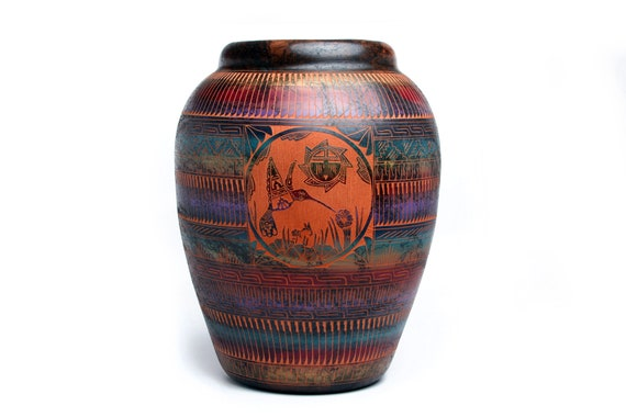 X-Lg double sided. Navajo Hand Etched Humming Bird Pottery Made with Horse Hair - Sedona Red Clay (XLg)