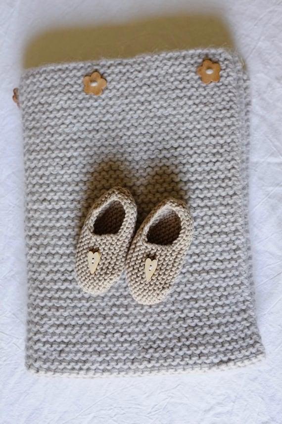 """SALES - Baby blanket (alpaca, wool & linen, 17,7"""" x 27,5"""") and baby slippers (pure cotton)  - oeko tex - beige"""