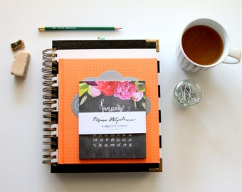Desk Calendar 2018 Refill, 2018 Desktop Calendar with Stand, Desk 2018 Calendar, Calendar for 2018, CD Case Calendar Floral Chalkboard