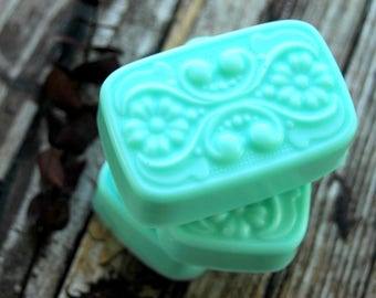 Eucalyptus Mint Soap . Homemade Soap . Gift for Men . Husband Gift Dad Gift . Father's Day Gift . Man Soap . Shaving Soap . Shea Butter Soap