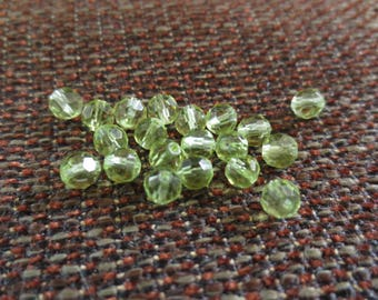 Set of 20 5000 round Swarovski pearls - 4 mm olive green