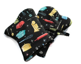 Handmade Oven Mitts set of 2 Black Mid Century Appliances