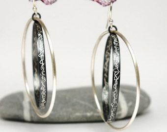 Modern dangle silver hoop earrings - Black hoop earrings. Sterling silver earrings hoops