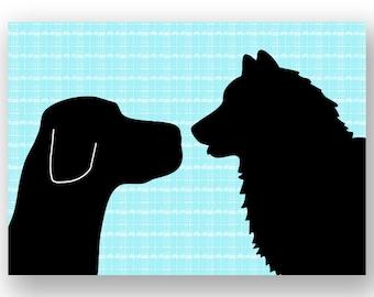 Impression noir Labrador avec Malamute chiens impression Face à face - tirage d'art, deux chiens, décor de chiens, silhouette noire, amant d'animal familier