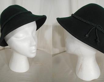 Vintage 1930s Hat   30s Green German Tilt Hat In Wool Felt