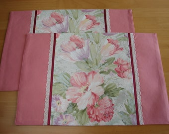 Pink Flower PLACEMAT, Gorgeous Floral PLACEMAT, Set of 2 placemats, Beautiful Flowers, For Spring Season, Home Décor, Elegant, Colorful
