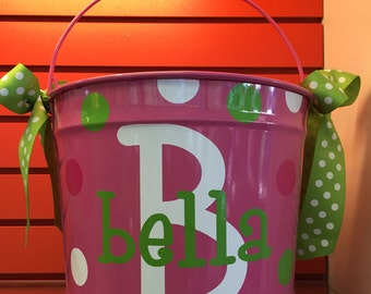 Personalized Easter Bucket-Personalized easter basket-10 Quart Bucket-personalized bucket for kids-bucket with name and polka dots