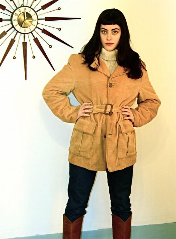 Vintage 70s coat, tan corduroy coat, 70s WOODMANS jacket, cowboy western coat, long corduroy jacket,Fur lined jacket, Tan belted, Mens sz 40