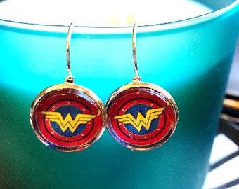 Wonder Woman cabochon earrings- 16mm