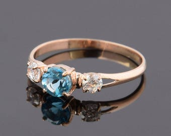 Rose gold ring, 3 stone ring, Topaz ring, Delicate ring, Tiny ring, Everyday ring, Anniversary ring, Promise ring, Blue topaz ring