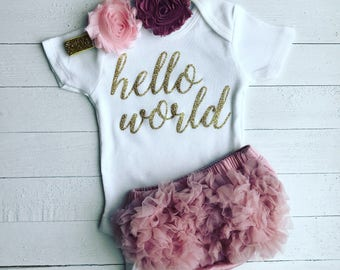 Hello World | Baby Girl Coming Home Outfit | Newborn Hello World Outfit | Hello World Onesie | Newborn Girl Outfit I Baby Coming Home Outfit