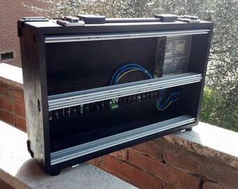 Portable eurorack case 6u powered black