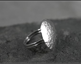 Hammered disk silver rings women, Hammered simple ring, Disk ring for thumb, Sterling silver disk ring, Simple ring, Silver ring, Unique
