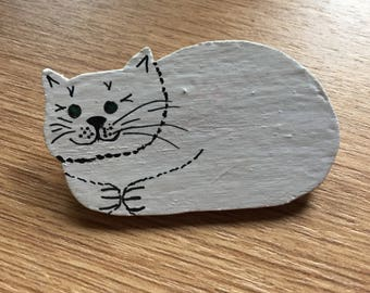Cat brooch- wood