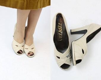 1970s El Dita Platform Shoes Size 8 /  70s Vintage Peep Toe Pumps / Twisted Sister Shoes