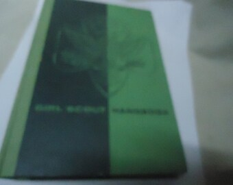 Vintage 1950's Girl Scout Hardback Handbook,  collectable