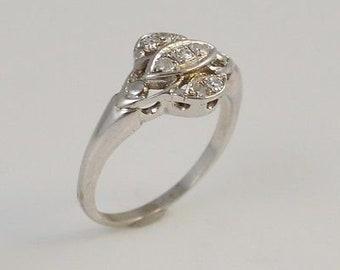 14k White Gold Diamond Art Deco Antique Ring Size 5.75
