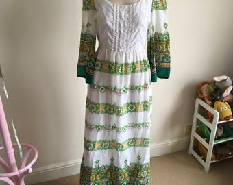 Vintage Richards Green and White Maxi Dress